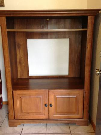 TV Entertainment Center From Lacks - $95 (Alamo)