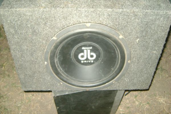 12 db drive speed  Amp 580 watts Dual  - $60 (ALAMO)