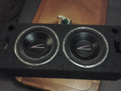 12 audiobahn subs - $1 (mission..palmview area)