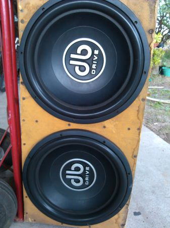 two 15 subwoofers db drive - $400 (edinburg)