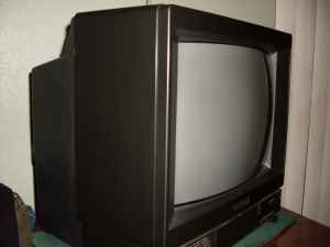 13 inch color tv - $35 (edinburg)