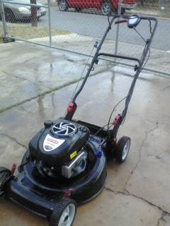 Craftsman lawn mower 7.HP (mcallen)