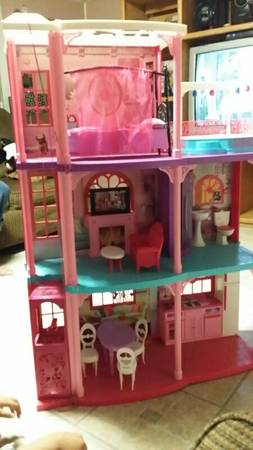3ft barbie dream doll house    -   x0024 80  pharr
