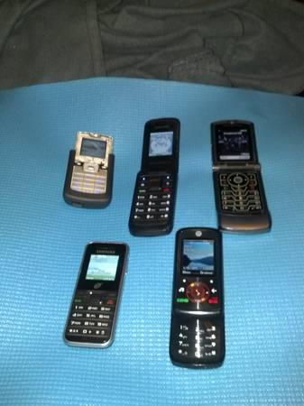 Motorola Cell Phones and 1 month of free service - $10 (Mission)