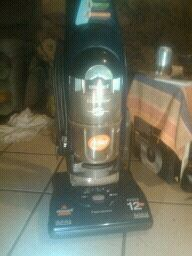 Bissell CleanView II Upright Vacuum Cleaner 12 Amp Bagless - $30 (mcallen)