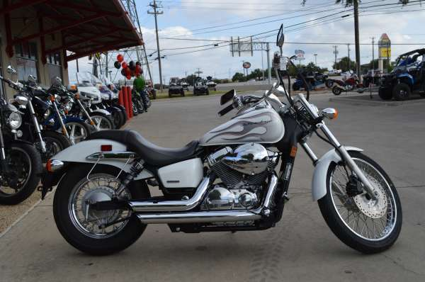 4 599  2009 Honda Shadow Spirit 750 VT750C2