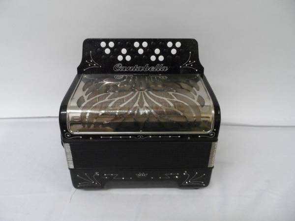 CANTABELLA ACCORDION Black - $500 (SAN JUAN,TX)