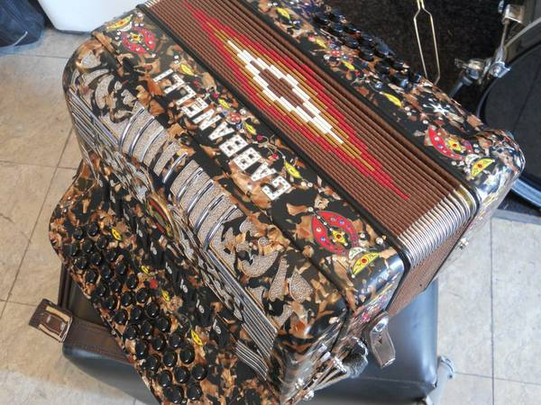 ACORDEON GABBANELLI ACCORDION - $3200 (ROMA TX)