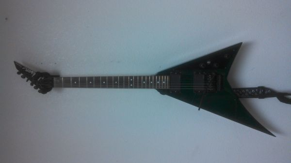 Jackson Ps37 Rhoads guitar - $1 (Edinburg)
