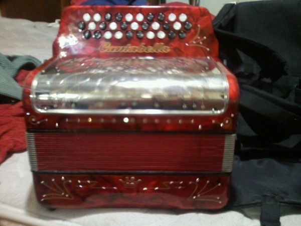 cantabella accordion gcf sol - $750 (donna)