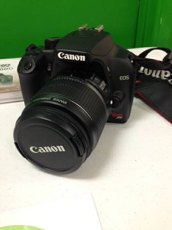 Canon Camera w  Kit and Extra Lens -   x0024 700  Pharr