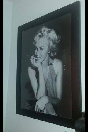 Marilyn Monroe  The Beatles photos FOR SALE - $45 (Mercedes )