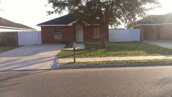 HOUSE FOR SALE OWNER FINANCE - $65000 (edinburg tx)
