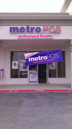 METRO PCS phone in payments (115 w nolana Across fromHollywood movies)