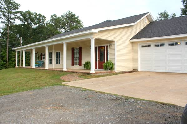 - $238000  4br - 2552ftsup2 - MotivatedMove in Ready 4 bedroom 2 12 bath on 3.47 acres with shop ( 140 Evelyn Rd. )