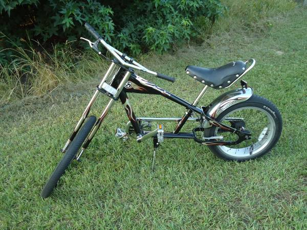 Schwinn StingRay Chopper Bicycle - $150 (Omaha, TX)