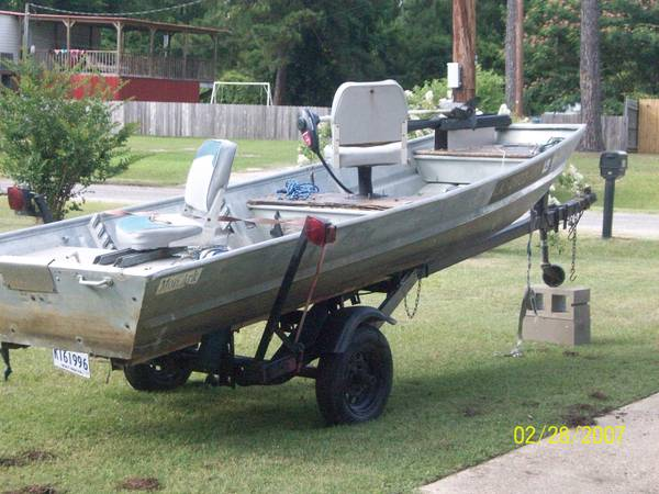 14 ft Monark Aluminum Boat - $800 (West Monroe)