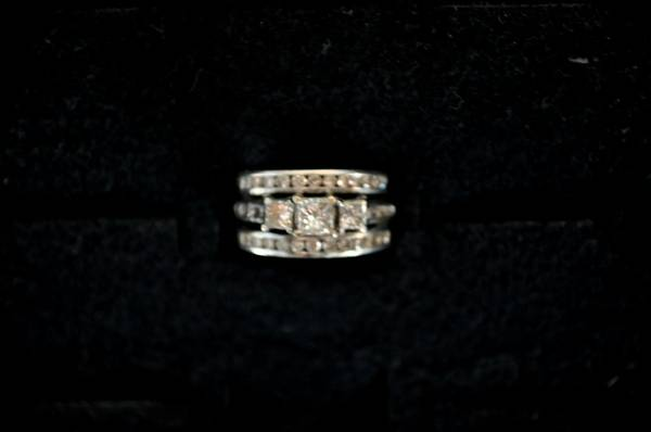 Wedding Ring  Engagement  amp  Anniversary Band Rings  -  1400  Monroe  La