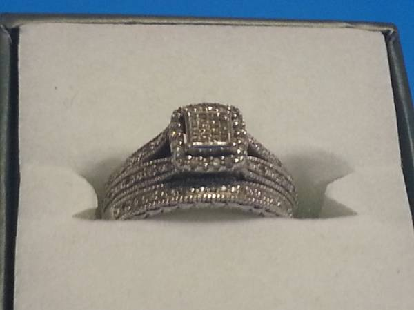 ring for sale -  100  picayune  ms