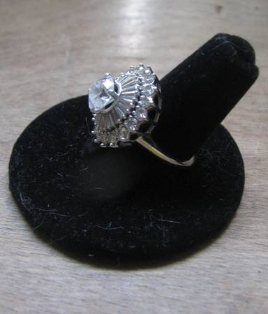 3 5 carat Diamond Ring Platinum  amp  White Gold setting -  8000  Bank on 18th street