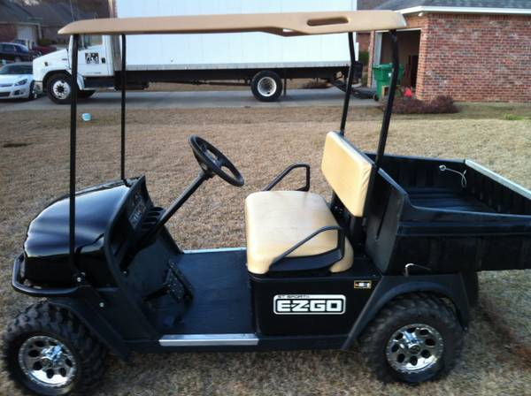 2011 ez go golf cart dump bed - $3900 (West Monroe )