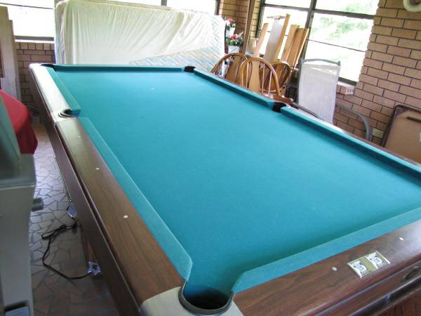 Gandy Pool Table - $300 (Spearsville)