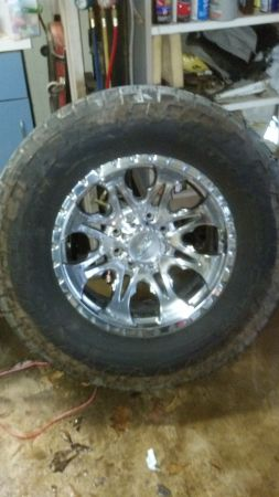 chevy 8 lug wheels and tires $1200 (west monroe)