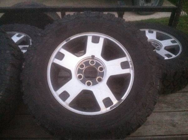 18 mud tires with fx4 rims - $850 (Monroe)