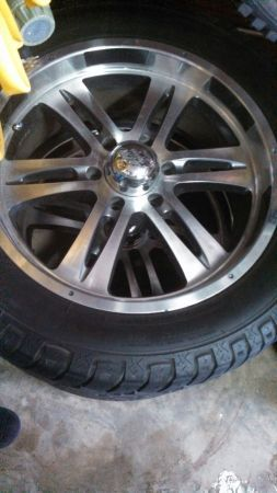 20 inch 6 lug wheels and tires for chevy - $650 (West monroe)