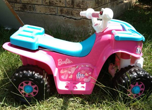 6 volt Barbie ride on 4wheeler - $25 (West Monroe )
