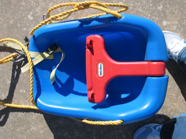 Little Tikes Baby Swing - $15 (Ruston, LA)