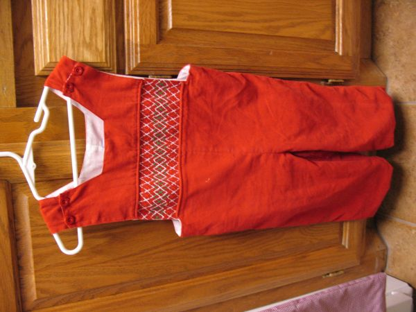 3t boys Christmas Outfits - $20 (West Monroe)
