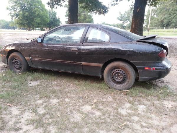 96 Pontiac Sunfire - $300 (bastropsterlington)