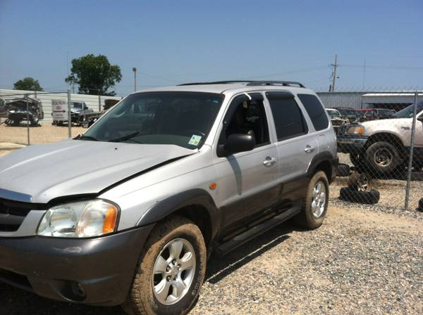 2003 Mazda Tribute with body damage - $1800 (Monroe)