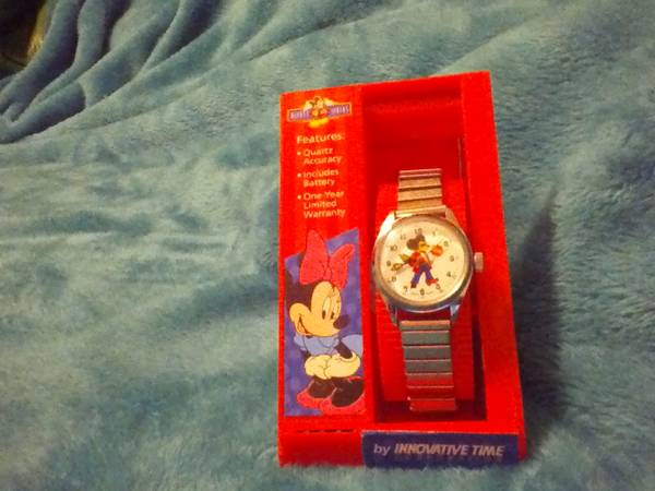 Rare Find    Vintage 1970 Mickey Mouse aka  Hippie Mickey  Watch -   x0024 75  West Monroe