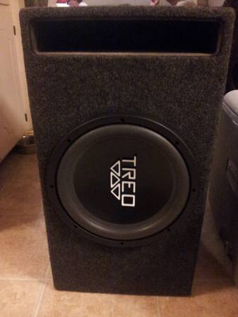 treo 12 inch subwoofer in ported box - $115 (car audio)