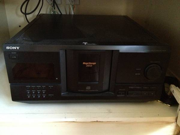 Sony 200-Disc CD player - $30 (North Pointe (off Hwy 165-N past OCS))