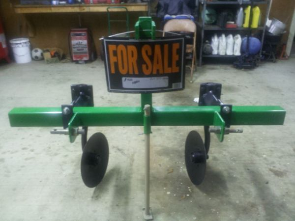 THREE POINT HITCH ONE ROW HIPPER - $400