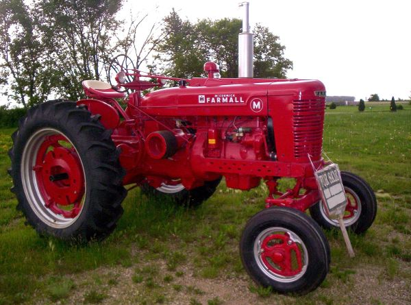 1941 Farmall M Tractor - $4100 (Hwy 165 Columbia)