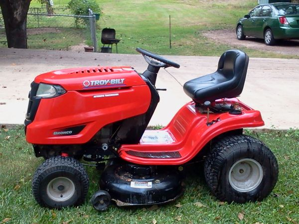 Troy-Bilt Lawnmower - $675 (columbia, la)