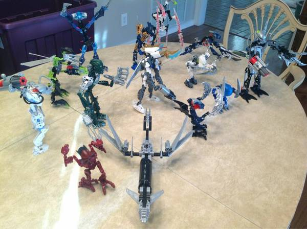 Lot of Bionicles - mint condition  -   x0024 25  Monroe