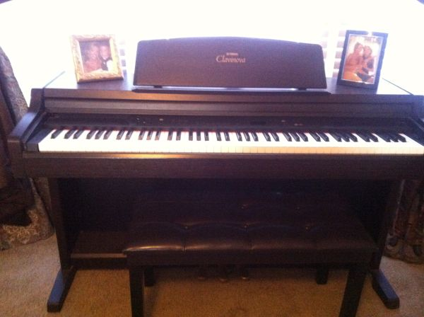 Yamaha clavinova electric piano - $950 (West monroe, la)