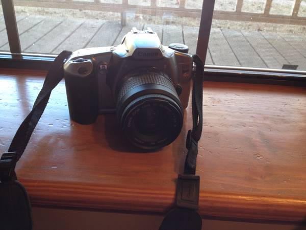 Canon EOS Rebel II 35mm - GREAT Condition -   x0024 30  Bastrop  LA