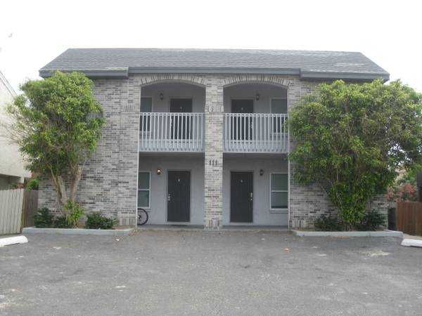 -  75   1br -   9788  4 condos - Less than a block to beach  South Padre Island