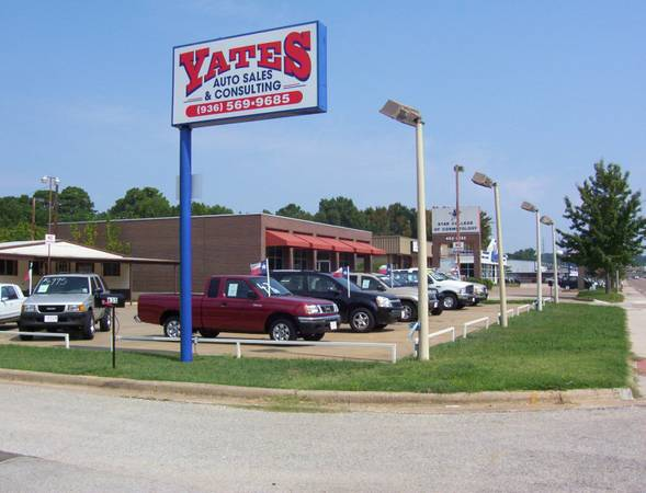x0024 1575 NICE Auto Dealership Building  amp  Property for LEASE   Nacogdoches