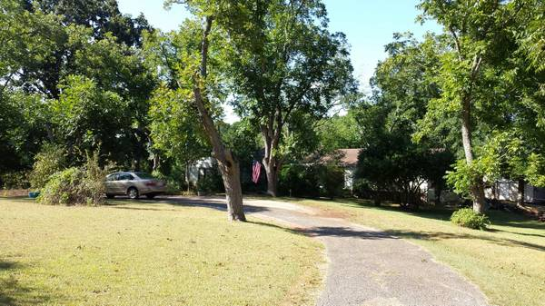 x0024 172000   3br - 2000ft sup2  - 3BR 3 BATH COUNTRY HOME ON 10 ACRES  WITH CREEK   FM 711 SAN AUGUSTINE  TEXAS