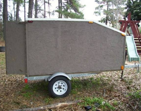 PRICE REDUCED  Enclosed Trailer 4  by 8  -   x0024 400  Lindale