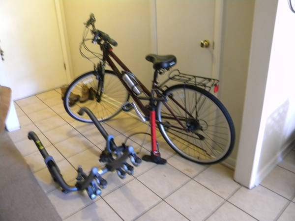 womans bike with accessories -   x0024 100  lufkin texas