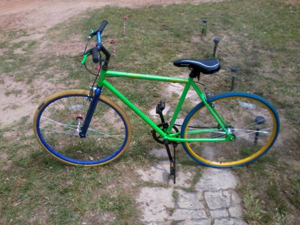 Neon Green Vitesse Fixie Thruster Single Speed Bicycle -   x0024 100  Nacogdoches