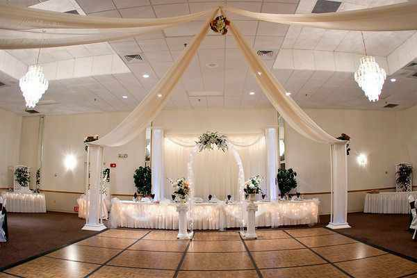 DECORATIONS FOR WEDDINGS, QUINCENERA, SWEET 16, ANNIVERSARY - $10000 (Tomball, Tx)